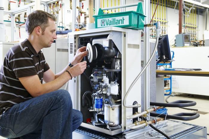 Гидродинамическая чистка газового двухконтурного котла Бакси от накипи